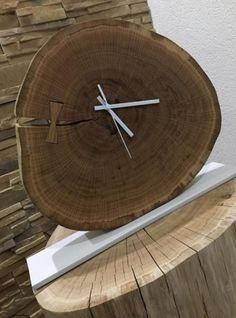 Slovensky-Italiano-English  Ponúkame vám jedinečné stolové hodiny z dubového masívu na bielej kovovej podložke, vhodné do každej modernej domácnosti, ale aj do reštaurácie či hotela.... Clock, Ale, Wood, Handmade, Home Decor, Google, Watch, Madeira, Homemade Home Decor