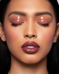 Model   MUA   Microblading (@_princessjasmen) • Instagram photos and videos Glossy Lids, Glossy Makeup, Eye Makeup Art, Cute Makeup, Beauty Makeup, Bronze Makeup Look, Sultry Makeup, Elegant Makeup, Glam Makeup Look
