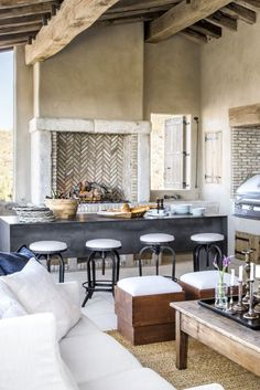 Modern Kitchen Design This Rustic Arizona Kitchen Feels Like You're In the French Countryside - Scottsdale Kitchen Redefines Rustic Charm - Wait until you see the stunning stonework. Home Interior, Interior Design Kitchen, Kitchen Designs, Luxury Interior, Built In Grill, Outdoor Kitchen Design, Kitchen Rustic, Backyard Kitchen, Rustic Backyard