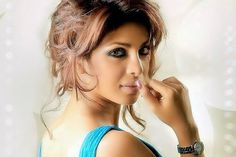 Priyanka Chopra Exclusive Interview On Mary Kom - అలా జరిగితే నేను తట్టుకోలేను http://www.cinewishesh.com/cine-world/704-cine-buzz/52256-priyanka-chopra-exclusive-interview-on-mary-kom.html