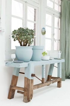 3 Affluent Tips AND Tricks: Minimalist Home Decoration Floors minimalist kitchen organization beautiful.Minimalist Bedroom Wood Cozy cosy minimalist home interior design.Minimalist Home Decoration Floors. Painted Furniture, Diy Furniture, Dipped Furniture, Recycled Furniture, Furniture Makeover, Hallway Furniture, Furniture Plans, Vibeke Design, Home And Deco