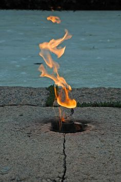 The eternal flame - JFK gravesite at Arlington National Cemetary