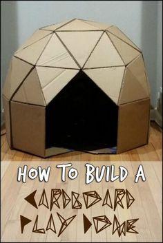 Cardboard Houses For Kids, Cardboard Crafts Kids, Cardboard Playhouse, Cardboard Box Ideas For Kids, Cardboard Tubes, Cardboard Castle, Paper Crafts, Diy Karton, Carton Diy