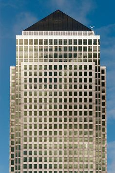 Canary Wharf Tower Skyscraper at One Canada Square designed by Cesar Pelli and completed in 1991, London Docklands, England | Petr Svarc Images