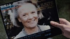 『エイリアン2』 リプリーが娘が亡くなったことを告げられる際に見せられる写真。そこに映る女性はリプリー演ずるシガニー・ウィーバーの実の母。  #エイリアン2