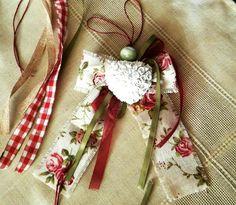 #luckycharms2018 #sugarandpearls #ceramicscharms Lucky Charm, Burlap, Charms, Reusable Tote Bags, Sugar, Christmas, Xmas, Hessian Fabric, Navidad