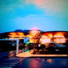 Kenichi Kamio - the clouds of nightfall from Today's piano piece  Jun.29th,2015  「夕暮れの雲」 雨上がりにちょっと晴れた。 軽井沢駅近にて。