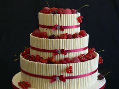 #whitechocolate #cigarillos with fresh red fruit Ideal for a hot #SummerWedding
