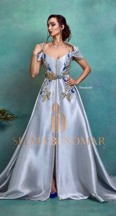 Selma ben omar new collection 2019 BRIDAL Royal Dresses, Prom Dresses Blue, Colored Wedding Dresses, Party Wear Dresses, Myanmar Traditional Dress, Traditional Dresses, Affordable Prom Dresses, Moroccan Caftan, Indian Fashion Dresses
