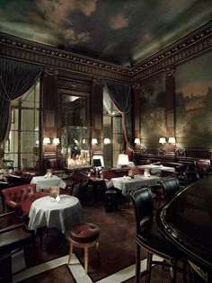 LE MEURICE  le-bar--  Love the refined clubby feel and mixture of seating styles.