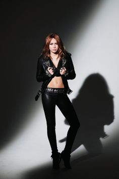 miley cyrus in the sexiest bad girl oufit