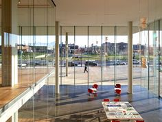 renzo piano building workshop (RPBW) has completed the 'krause gateway center', a major new office building in downtown des moines, iowa. West Des Moines, Des Moines Iowa, Renzo Piano, Architecture Office, Office Buildings, Architect Magazine, Office Interiors, New Construction, Wind Turbine