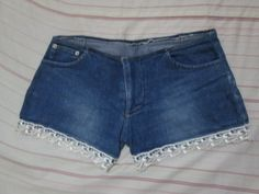 DIY Denim Lace Shorts  i will try dis :)