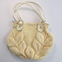 Häkel Tasche mit Blättermuster - Handgemachte Sachen Straw Bag, Handmade, Sim, Fashion, Yellow Handbag, Crochet Pouch, Yellow, Made By Hands, Throw Pillows