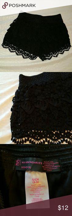 🚩Black lace shorts Black lace shorts with elastic waist band. No Boundaries Shorts