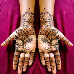 Back Hand Mehndi Designs, Mehndi Designs Book, Legs Mehndi Design, Mehndi Designs 2018, Modern Mehndi Designs, Mehndi Design Pictures, Mehndi Designs For Girls, Wedding Mehndi Designs, Mehndi Designs For Fingers