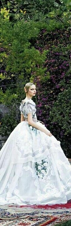 ♛ ♛ The Queen's Daughter {so what, my mum's the royal queen} ♛ ♛