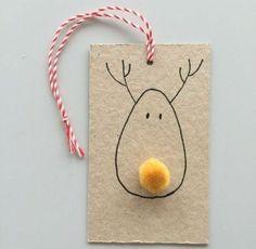 carte de noel originale, Rodolphe le renne dessiné avec un pompon jaune en guise de nez