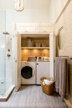 Laundry Nook Ideas We LOVE - Involvery Laundry In Bathroom - Laundry Nook Ideas - DIY Laundry Bathroom Combo - Hidden Laundry Rooms - Laundry Nook In Bathroom Laundry Bathroom Combo, Laundry Nook, Laundry Room Layouts, Basement Laundry, Laundry Room Bathroom, Laundry Closet, Laundry Room Organization, Laundry Room Design, Bath Room