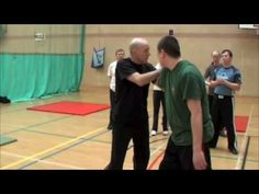 Joint Lock series demonstrated by UK expert, Ollie Batts