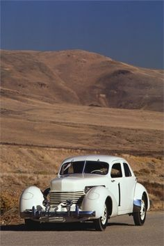Cord Model 812 Supercharged Beverly Sedan, 1937