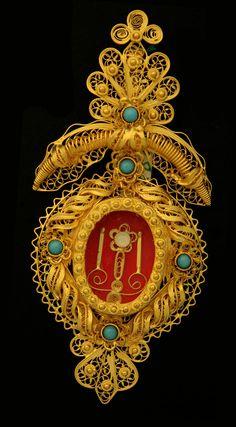 "Gold Jewelry ""Custódia"" - By Manuel Freitas  www.museudaourivesaria.com"