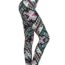 Simlu Womens Seamless Fitted One Size Printed Capri Workout Leggings Shapewear Patterned Leggings, Printed Leggings, Knit Leggings, Capri Leggings, Leggings Depot, Leggings Fashion, Workout Leggings, Plus Size Fashion, Clothes For Women