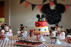 L Mickey Party