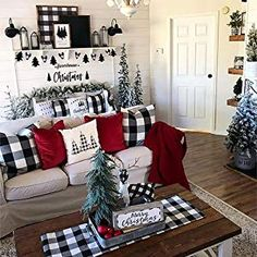Are you looking for pictures for farmhouse christmas decor? Browse around this site for perfect farmhouse christmas decor ideas. This kind of farmhouse christmas decor ideas seems to be entirely fantastic. Decoration Christmas, Farmhouse Christmas Decor, Plaid Christmas, Xmas Decorations, Christmas Holidays, Christmas Ideas, Christmas Living Room Decor, Christmas Decorations For Apartment, Diy Christmas Home Decor