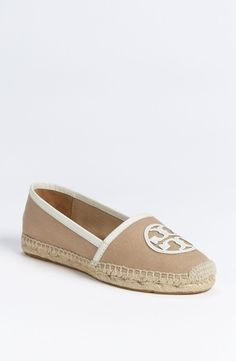 Tory Burch 'Angus' Espadrille Flat Khaki/ White 11 M in {productContextTitle} from {brandTitle} on shop.CatalogSpree.com, your personal digital mall.