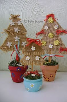 Burlap christmas tree for the class room Burlap Christmas Tree, Felt Christmas Ornaments, Noel Christmas, All Things Christmas, Handmade Christmas, Christmas Decorations, Christmas Topiary, Kids Crafts, Easy Arts And Crafts