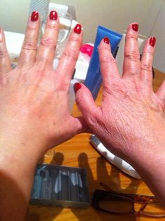 ageLOC Galvanic Face Spa on the hands and arms! what a difference Galvanic Body Spa, Nu Skin Ageloc, Face, Arms, Beautiful, Magick, Tecnologia, The Face, Faces