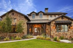 Old World Hill Country Residence - traditional - exterior - austin - Vanguard Studio Inc. Texas Ranch Homes, Texas Style Homes, Ranch Style Homes, Hill Country Homes, Country House Plans, Texas Hill Country, Country Style, Austin Stone Exterior, Home On The Range