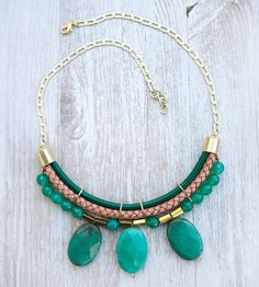 JeansLover Statement Green Grass Agate Necklace by por pardes