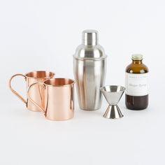 Your guy will love this Moscow Mule Cocktail Set.