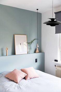#Lamparadetecho negra diseñada por Poul Henningsen. Es una lámpara perfecta para los amantes del #estilomoderno y de las lineas minimalistas. Funciona perfectamente en #comedores #salones y #cocinas. Mas info en la shop: