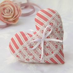 Heart and rose. Soft Heart, Lace Heart, Heart Of Gold, Victorian Christmas Ornaments, Patchwork Heart, Heart Map, Fabric Hearts, Lavender Sachets, Valentine Decorations