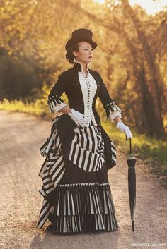 Victorian Costume Victorian Bustle Dress Front view of Night Circus Cosplay Steampunk Costume Women, Steampunk Clothing, Steampunk Fashion Women, Historical Costume, Historical Clothing, Victorian Fashion, Vintage Fashion, Victorian Clothing Women, Victorian Women