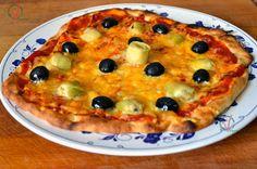 Pizza cuatro quesos hecha con masa para pizza (sin amasar).
