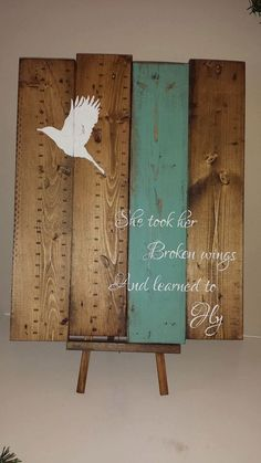 Broken wings and she learned to fly – Reclaimed pallet wood art – Pallet wood sign – Rustic wood sign – Bird sign – Inspirational sign Reclaimed wood wall art Learn to fly Reclaimed by TinHatDesigns Reclaimed Wood Wall Art, Wood Pallet Signs, Rustic Wood Signs, Wood Pallets, Wooden Signs, Wood Art, Wood Wood, Painted Pallets, 1001 Pallets