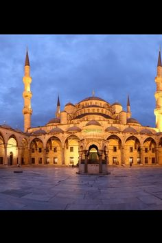 Sultanamet... a very special place to me.  #istanbul #turkey