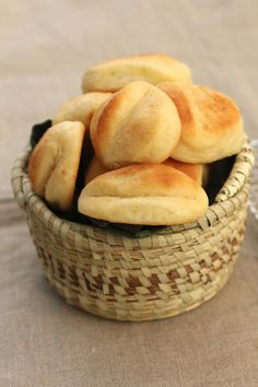 Karen's Kitchen Stories: Pocketbook Rolls | Feathery Buttery Rolls ---overnight recipe---