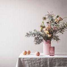 Die 773 Besten Bilder Von Blumenarrangements In 2019 Hands Floral