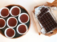 R1360088 Dinner Rolls, Chocolate Fondue, Creme, Buffet, Cooking, Simple, Sd, Tableware, Mousse