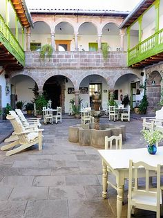Ninos hotel in Cusco. Accommodation with a social conscience. Very happy memories.