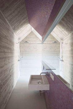 Caramel's long narrow House in Vienna encloses a sunken courtyard garden - Modern Minimalist Bathroom Mirrors, Bathroom Mirror Design, Bad Inspiration, Bathroom Inspiration, Minimalist Interior, Minimalist Home, Interior Architecture, Interior Design, Interior Minimalista