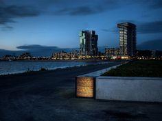 Lichtdoorlatend beton in Rotterdam Rotterdam, Concrete Bench, Park, Willis Tower, Seattle Skyline, Marina Bay Sands, Netherlands, City, Building