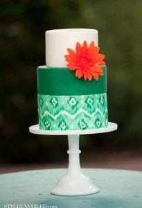 Weddings: Emerald for Summer & Fall