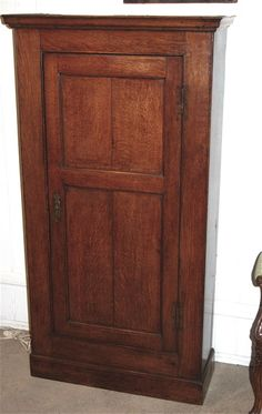 Welsh 18th Century Oak Cupboard
