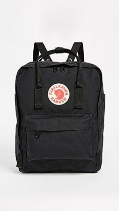 Fjallraven - Kanken Classic Backpack for Everyday Mochila Kanken, Fjallraven Kanken Black, Popular Backpacks, Aesthetic Backpack, Day Backpacks, Cute Bags, Unisex, Backpack Bags, Luggage Backpack